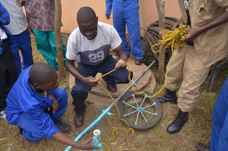 Learning to build simple water pumps